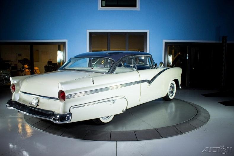 Ford 1955 - 1956 custom & mild custom - Page 6 0511