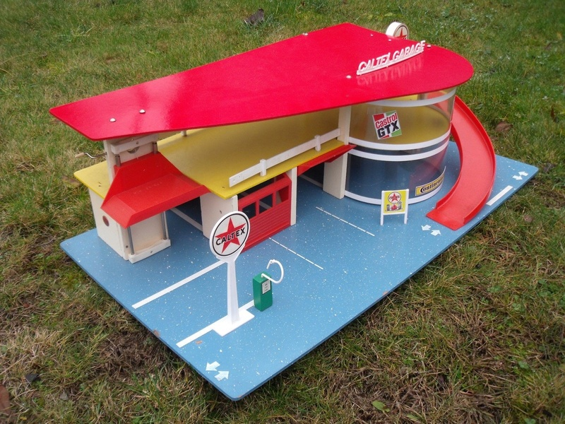 Garages jouets - Toys garage - Page 3 1314