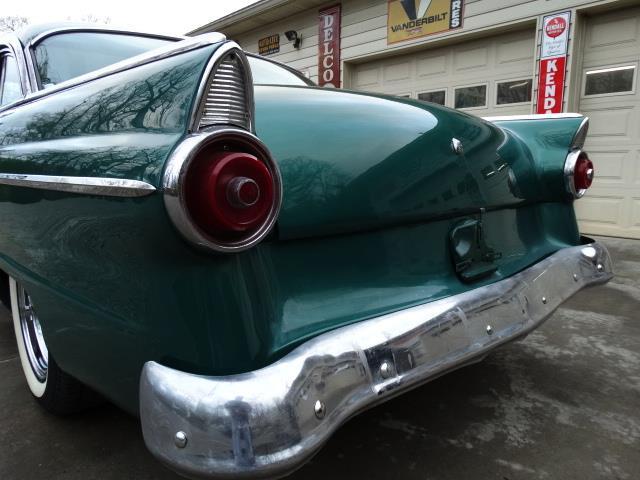 Ford 1955 - 1956 custom & mild custom - Page 7 20180367