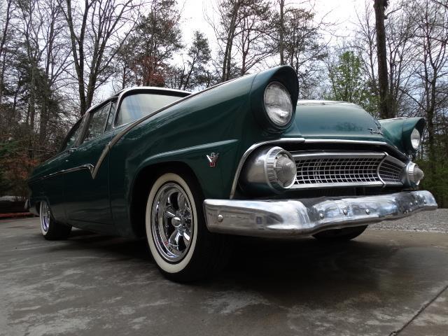 Ford 1955 - 1956 custom & mild custom - Page 7 20180368