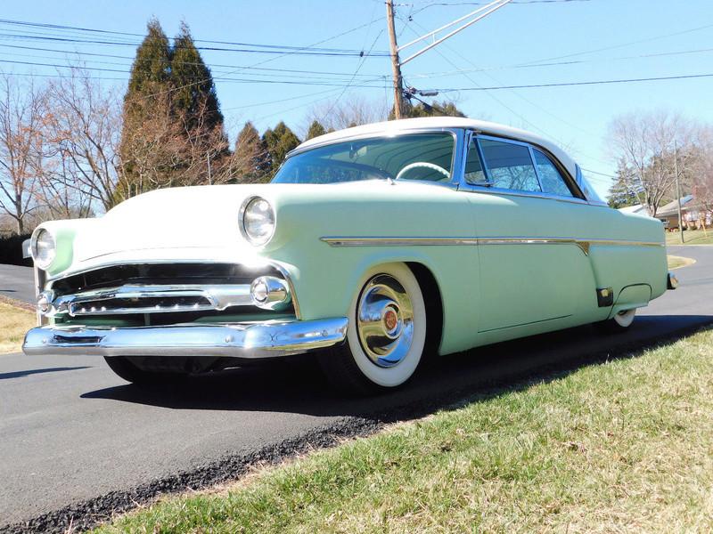 Ford 1952 - 1954 custom & mild custom - Page 10 2215