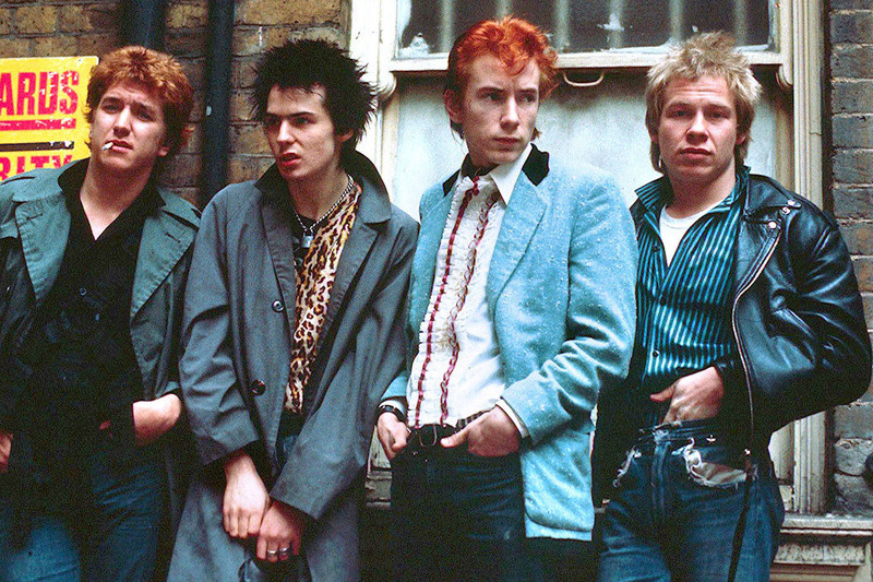 Sex Pistols - Malcolm McLarren, Rock'n'roll to punk - Teddy boys and Punk Rockers Arton410