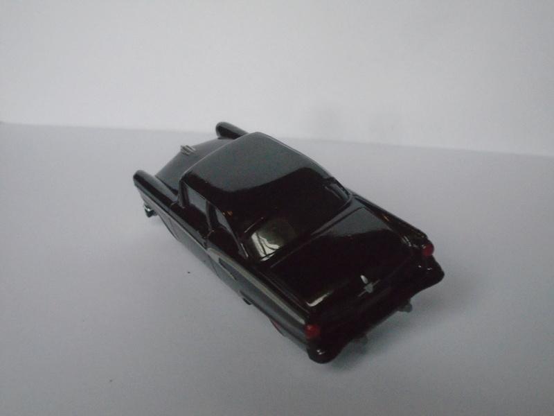Mattel 1/50 Fast and Furious séries - Ford 1955 - Chevrolet Corvette 1966 Dsc02016