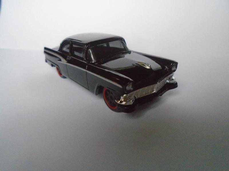 Mattel 1/50 Fast and Furious séries - Ford 1955 - Chevrolet Corvette 1966 Dsc02018