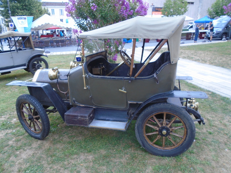 Bourse et concentration & exposition de véhicules anciens et de collection Bazas (33) Juillet 2017 Dsc08120