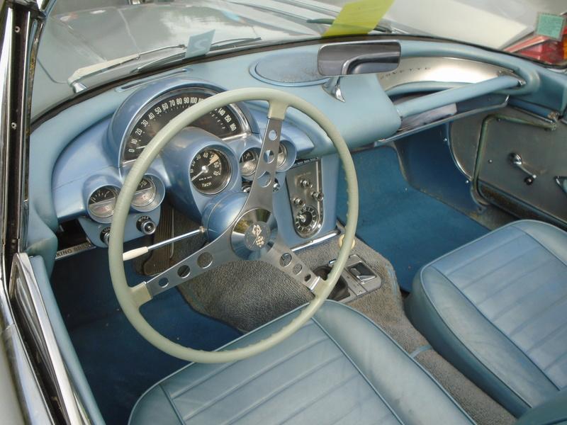 Bourse et concentration & exposition de véhicules anciens et de collection Bazas (33) Juillet 2017 Dsc08165