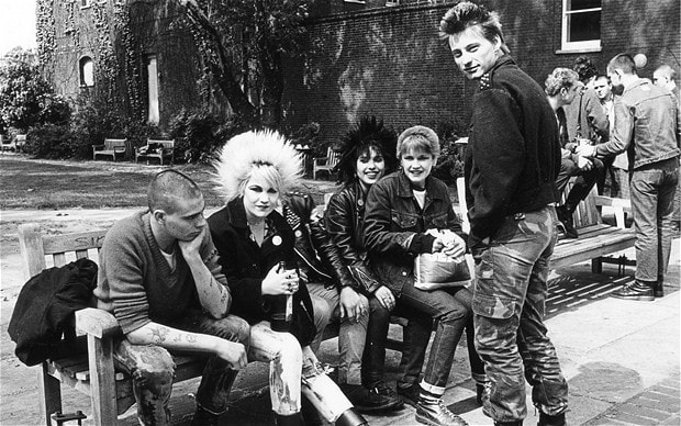 Sex Pistols - Malcolm McLarren, Rock'n'roll to punk - Teddy boys and Punk Rockers Kingsr10