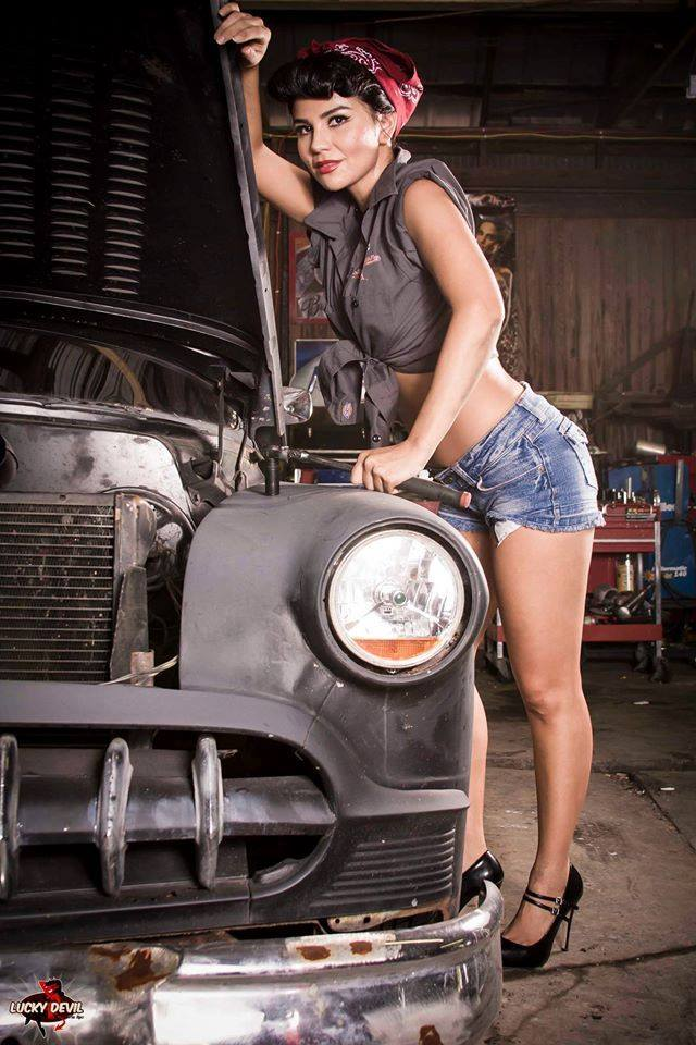 Hot Rod Pinup  - Page 9 26231310