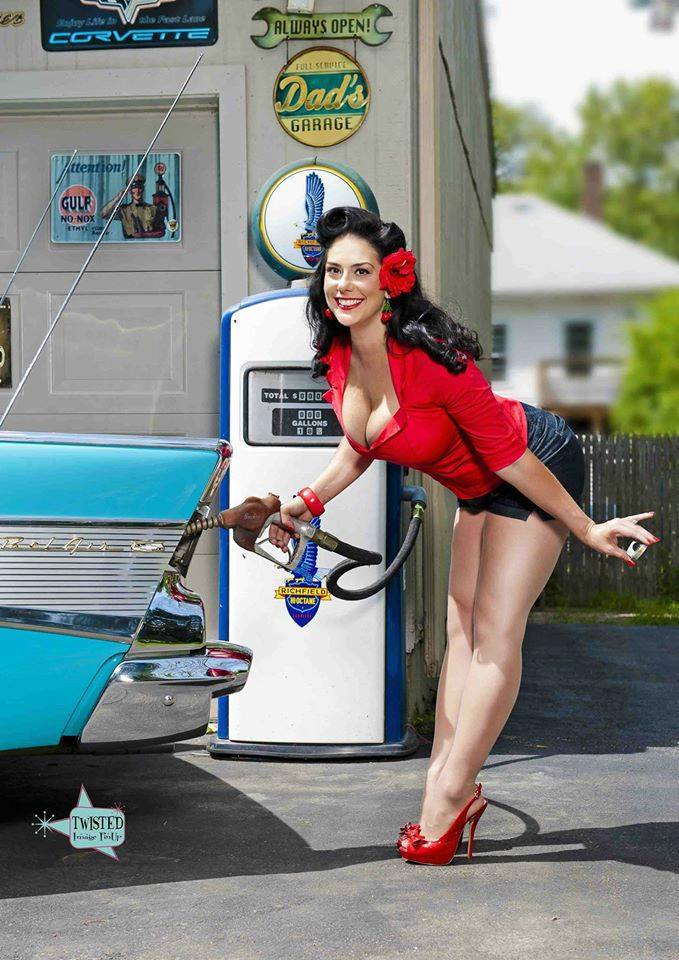 Hot Rod Pinup  - Page 9 26731610