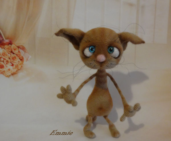 Dobby the Cat  550