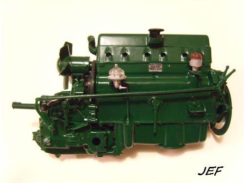 Citroen traction 15 CV au 1/8 Img_2513
