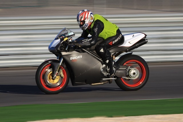 Que pensez vous des Pirelli diablo Rosso 3 pour la piste ? Img06410