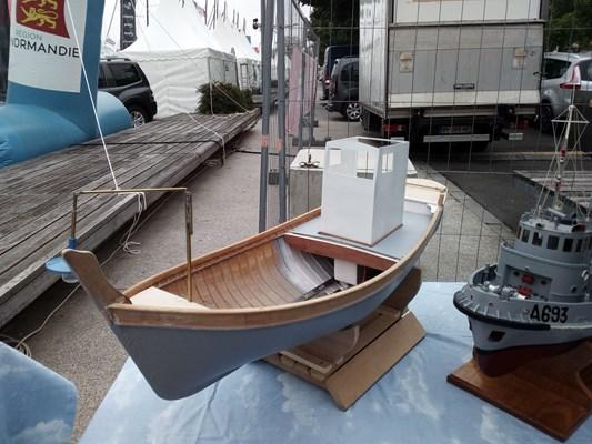 quel est ce bateau? Img_2083