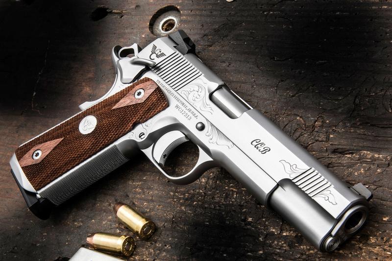 Quel Pistolet vous ferait plaisir! - Page 2 Engrav10