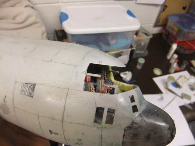 2 x C-130 HERCULE au 1/48ieme ! - Page 4 Dscf1165