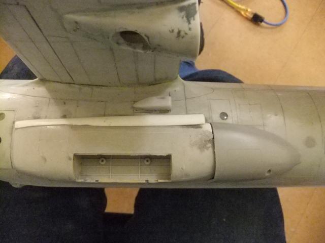 2 x C-130 HERCULE au 1/48ieme ! - Page 4 Dscf1755