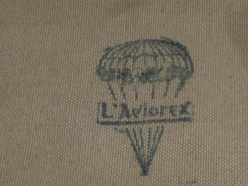 Parachute Aviorex pour ses fesses ;ESC -JUIN 1 - VENDU P1120763