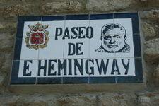 Ernest Hemingway    225px-10