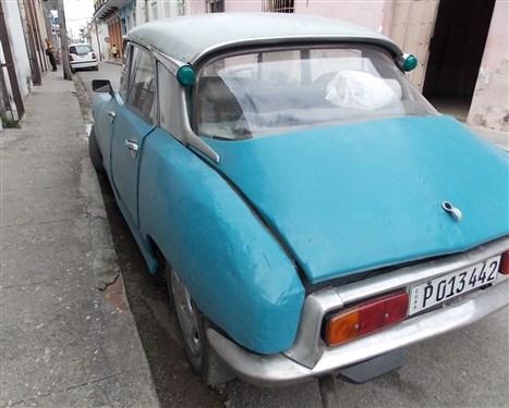 Les autos Cubaines - Page 2 Cuba_112