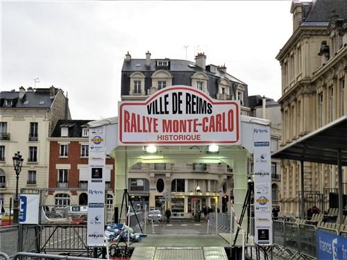 Rallye Monte-Carlo Historique 2018 - Page 4 Imgp2259