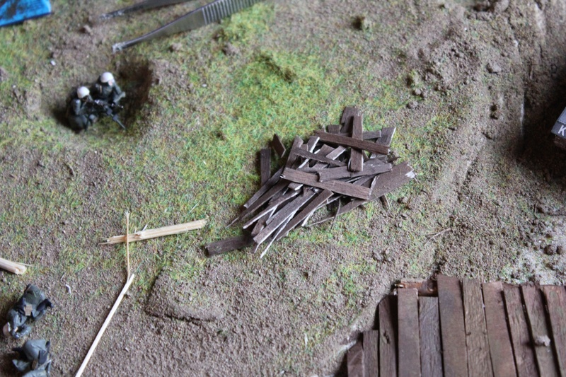 Diorama: Assaut contre un village sur le front de l'Est, hiver 1944-1945 Img_2224