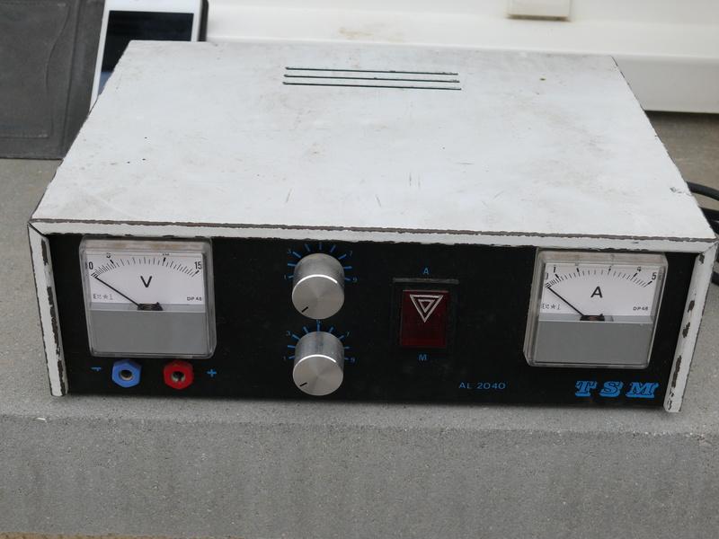 donne composants électronique, sinon décheterie. P1170333