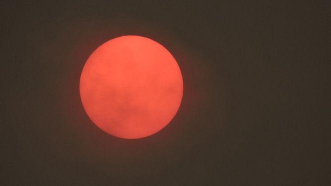 Red sun phenomenon 'caused by Hurricane Ophelia' Img_7815