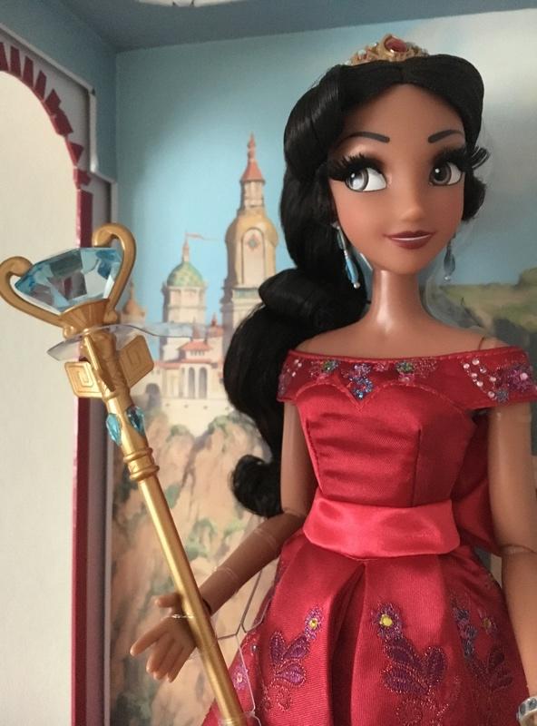 Disney Store Poupées Limited Edition 17'' (depuis 2009) - Page 6 Fc4ed410