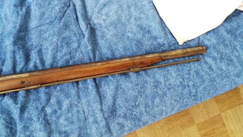 Fusil à percussion trouvé en brocante Img_2734
