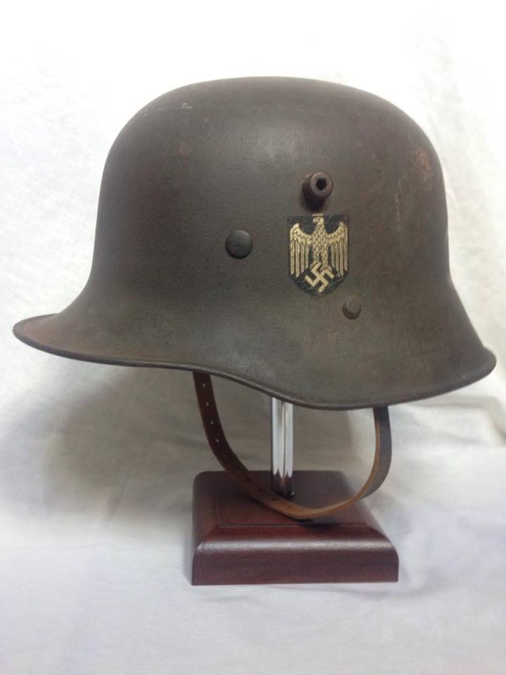 Coque allemande 1916 avec insigne 14009810