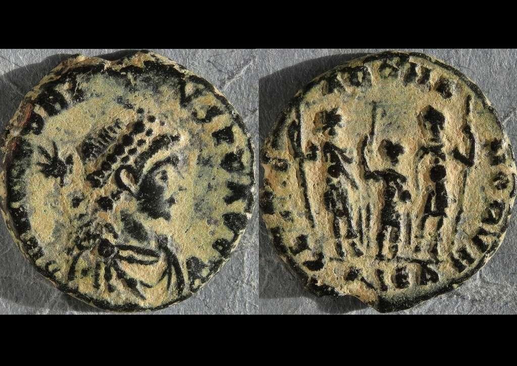 ID Honorius - Alexandrie RIC. 157 15710