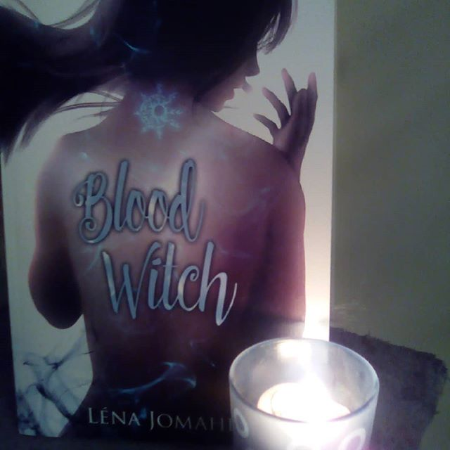 Blood Witch, tome 1 (en construction) 31157010