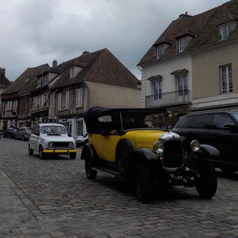 Montfort l'Amaury tous les 2èmes dimanches du mois Dscn3410