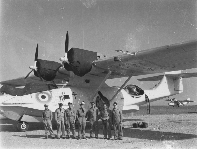 [ Histoires et histoire ] La chasse aux U-Boote à partir de Port Lyautey et d'Agadir - Page 2 1944_e10