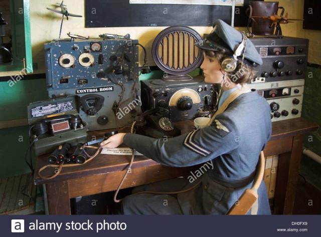 Radio... (non identifié) & TSF - Page 2 59790810