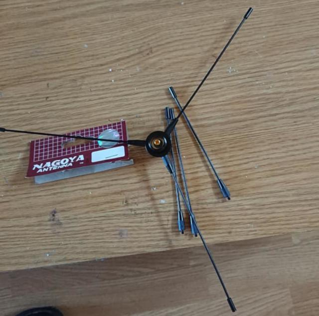 Kit Nagoya RE02 Radial (Radians pour station mobile) Nagoya10