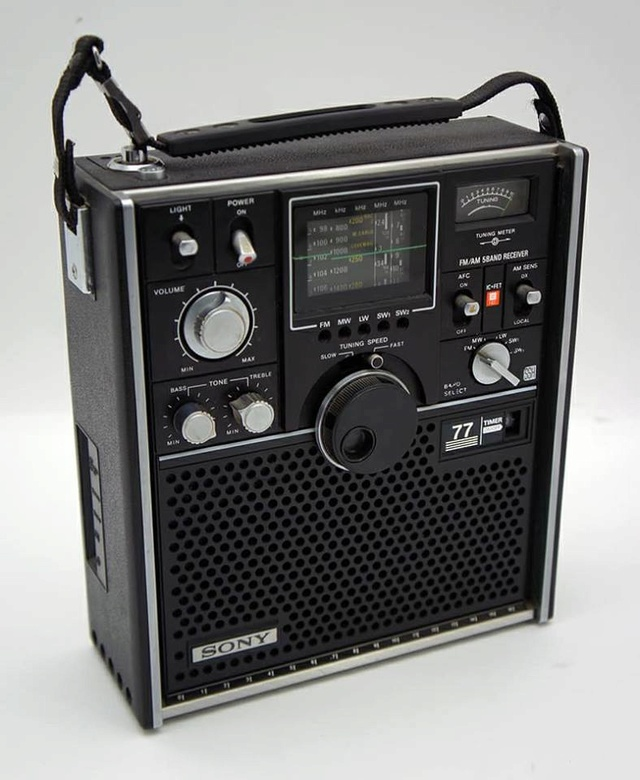 Sony 77 FM AM 5 bands Receiver Sony_710