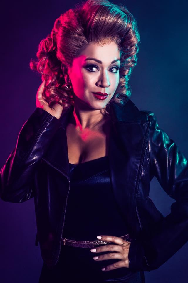 Diana Degarmo dans le rôle de Sandy Dubrowski 32202810