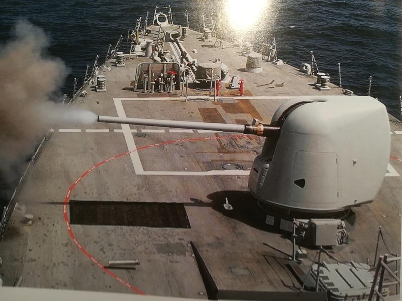 USS Arleigh Burke DDG--51 (Trumpeter 1/350) - Page 3 Img_2697