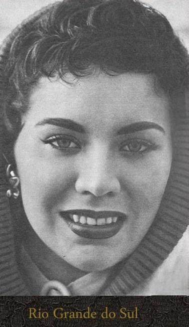 maria jose cardoso, semifinalista de miss universe 1956. 01cc3b10