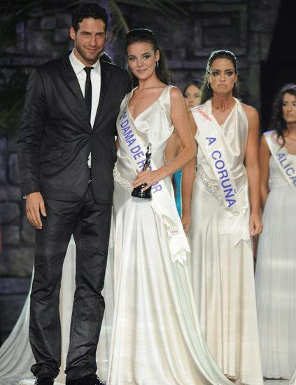 fatima jimenez triguero, miss espana mundo 2010. - Página 2 07_gal10