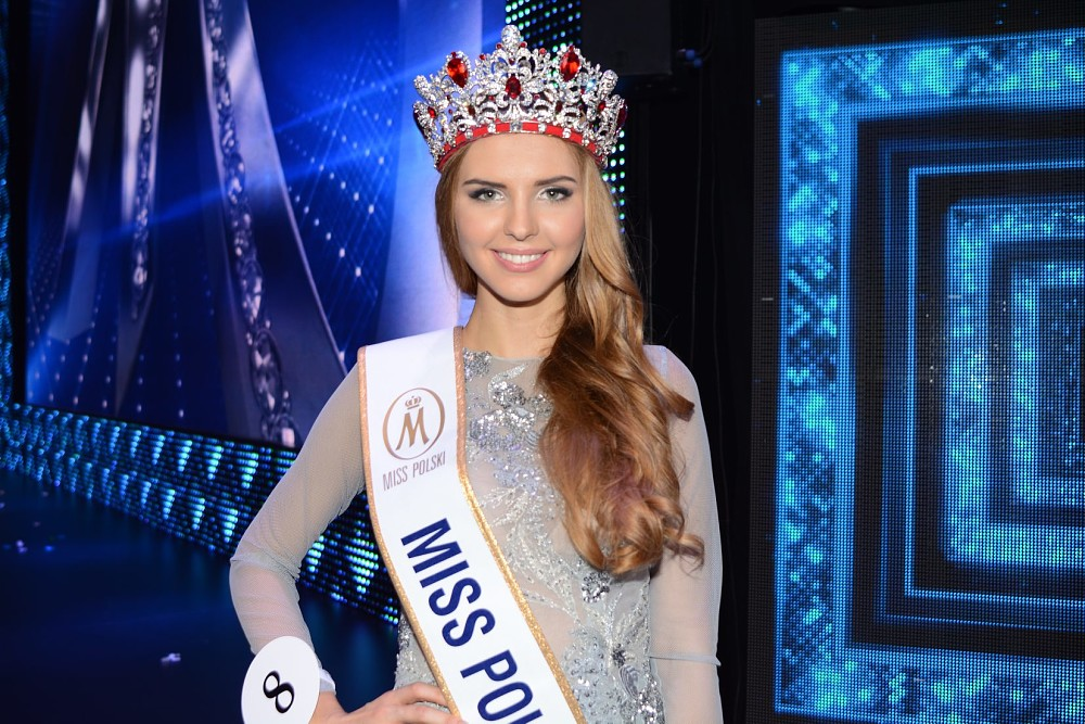 magdalena bienkowska, 2nd runner-up de miss supranational 2018/top 40 de miss world 2017/top 15 de miss international 2016. 11154d10