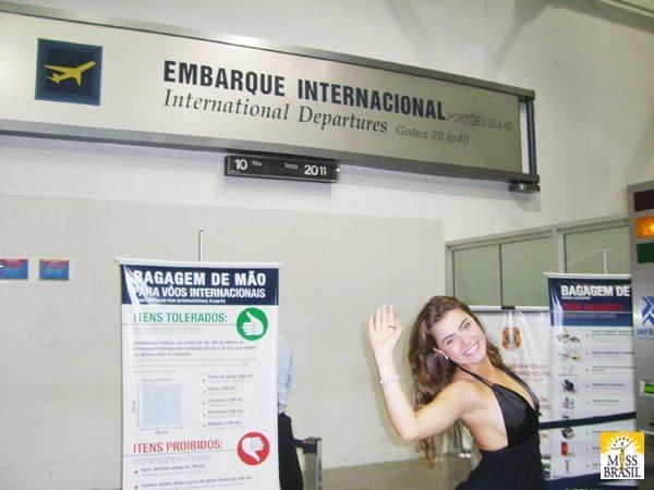 rayanne morais, semifinalista de miss international 2009. - Página 3 11_zps10