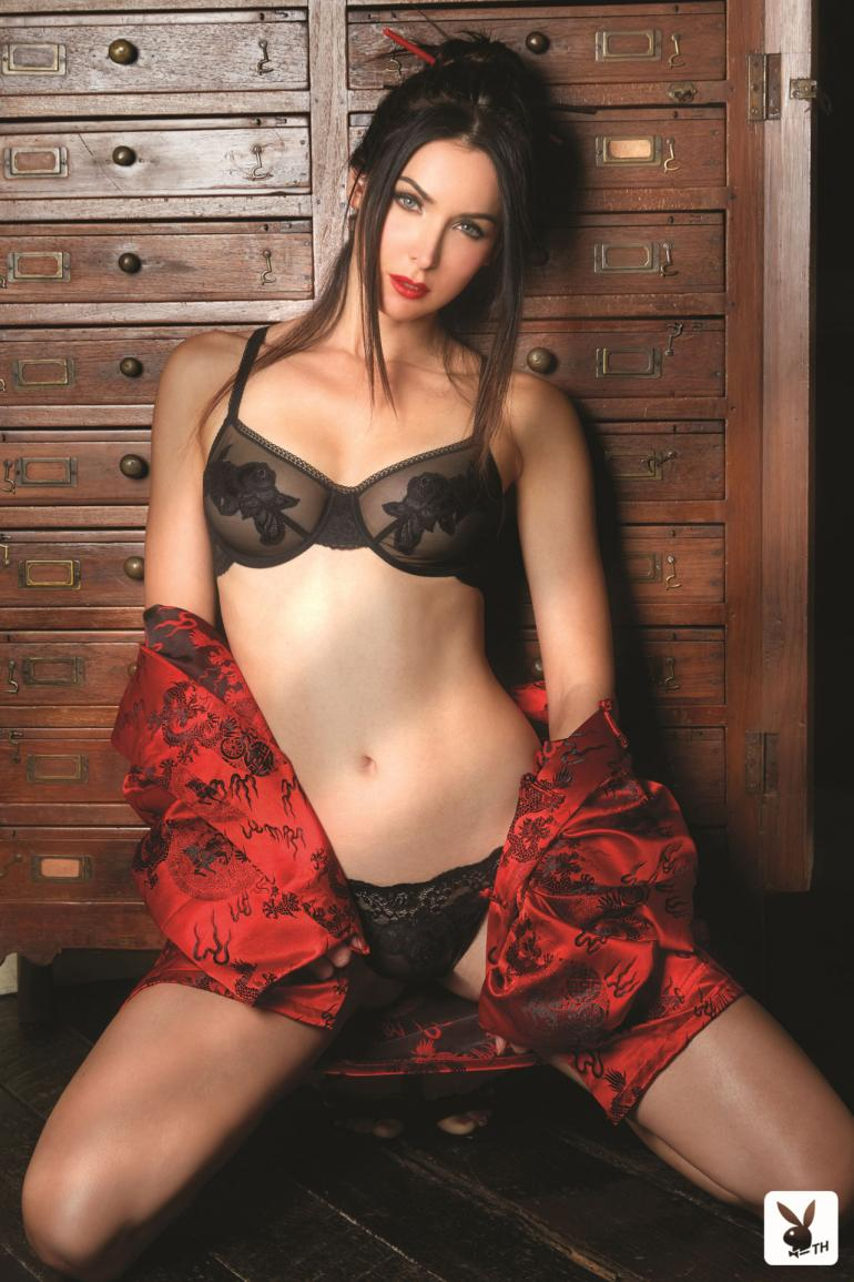 natalie glebova, miss universe 2005. - Página 7 14247110
