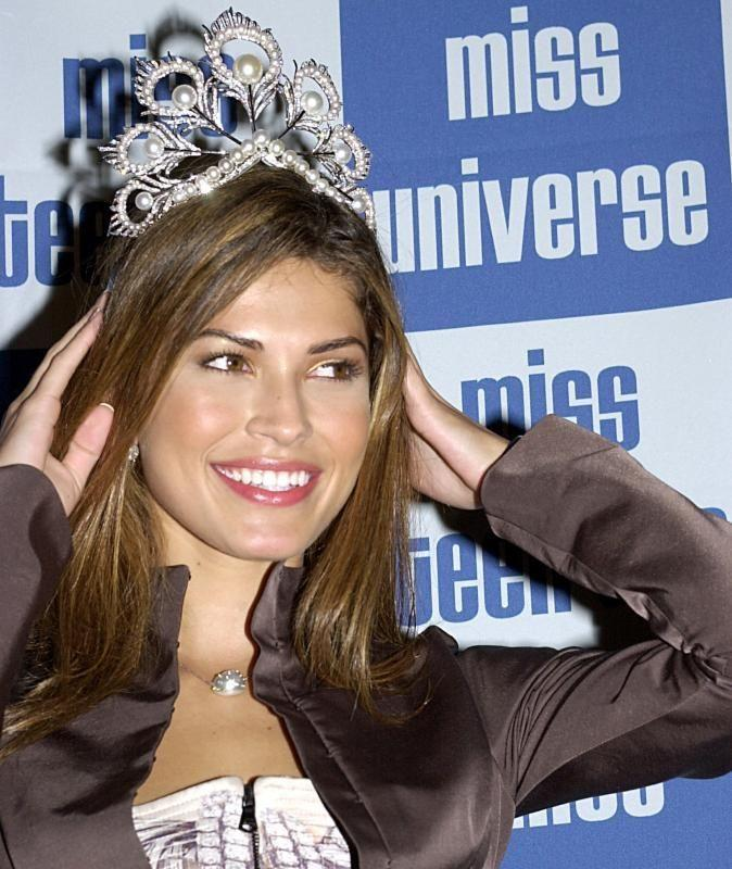 justine pasek, miss universe 2002. - Página 2 21451410