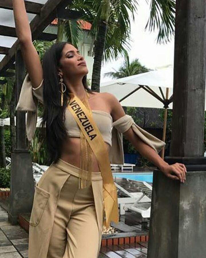tulia aleman, 1st runner-up de miss grand international 2017. - Página 5 22344314
