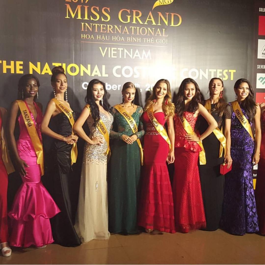 francy castano suarez, miss grand colombia 2017. - Página 2 22427010