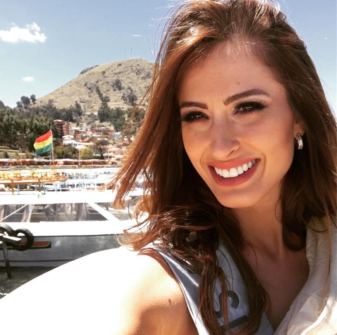lais berte, top 3 de rainha hispanoamericana 2017, top 2 de miss eco international 2016. - Página 25 22860710