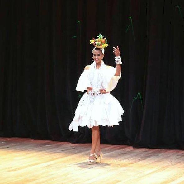 leyla araujo, miss bahia latina 2015. 23824812