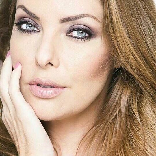 lara brito, miss mundo brasil 2003. 24125313
